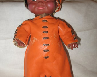 Doll delight Made in leather Canada.Vetement, doll collection.