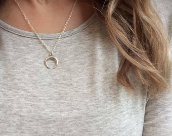 Double Horn Choker, Silver Double Horn Necklace, Boho Double Horn Choker, Silver Crescent Moon Necklace, Bohemian Necklace, Festival Jewelry