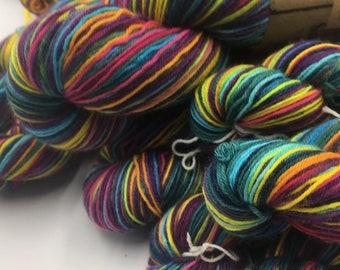 SELF-STRIPING ! - Electric Mermaid  - 1 x 100g - 28 Stripes