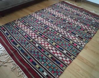 kilim rug turkish kilim VINTAGE TURKİSH  cecim kilim  handwoven kilim rug  decorative kilim - SİZE : 67'' X 103 '' (167 cm X 257 cm)