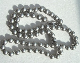 Joan Rivers Vintage 10mm Gray Pearl Necklace