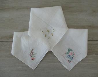 3 Vintage Handkerchiefs Embroidered Hankies Hanky Handkerchefs