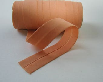 Cotton bias tape, 20 mm, salmon, sold by the yard.