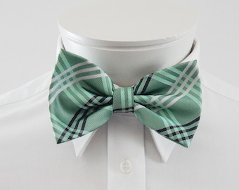 Mens  Bowtie Green Black And Silver Plaid  Pre Tied Bow Tie