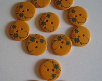 Fancy pattern yellow flower button - diameter 20 mm - 2 holes - resin