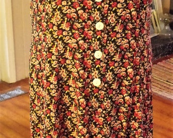 Everything is Coming Up Roses/ Retro 100 Rayon, Size 14 Flirty Dress/ Tea Length, Button Front/ Shabbyfab Thrifted Couture