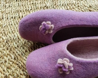 house shoes, felted slippers, wool slippers, wool shoes, women gift, felt slippers, Felted slippers, women slippers, Christmas gift