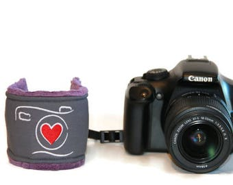 Camera with Heart dSLR Wrist Strap .. Quick Release