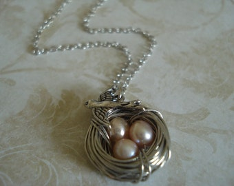 Peach Freshwater Pearl Bird's Nest Necklace
