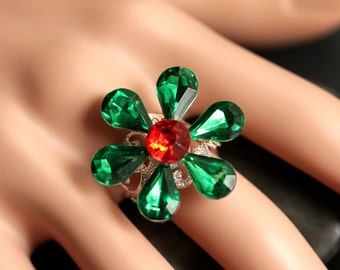 Christmas Flower Ring. Red and Green Ring. Holiday Ring. Christmas Ring. Holiday Jewelry. Adjustable Ring. Christmas Jewelry.