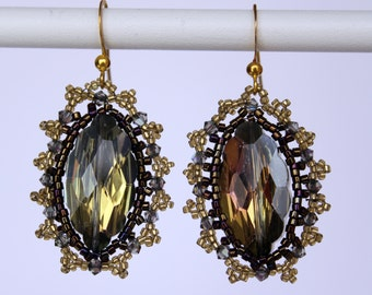 Black and Gold Vintage Style Beaded Earrings