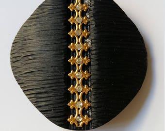 Wood diamond shape button