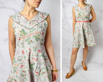 "1950s Ferns and Leaves Novelty Print Cotton Day Dress 30.5"" Waist"