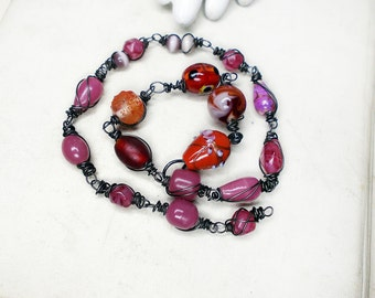 SALE Beaded Necklace Connector | 17 Beaded Links - 19 Sugarplum & Red Beads on Steel Wire - 15.5 Inches - Sugar Glass, Wedding Cake Lampwork