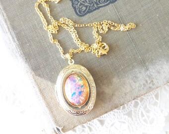 Rosa Feueropal Medaillon Halskette - Gold Medaillon - Birthstone Medaillon Halskette - Andenken - Oktober Geburtstagsgeschenk - Feueropal