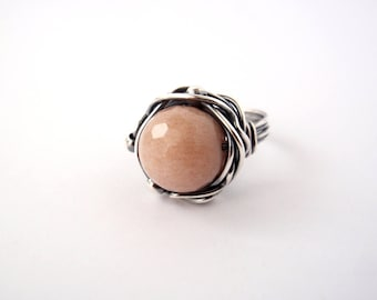 Peach Moonstone Ring ~ Aus/UK Size O ~ US Size 7 ~ Handmade Oxidised Sterling Silver Orbit Ring ~ Natural Blush Faceted Stone ~ Lunar Energy