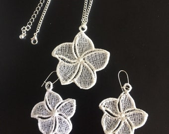 Hawaiian Plumeria Pendant Necklace Earrings Jewelry Set White Embroidered