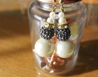 Elegant gold hook earrings