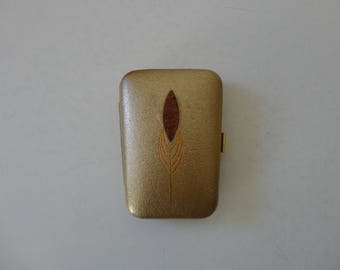VINTAGE 1960s princess gardner mod GOLD key CASE gard