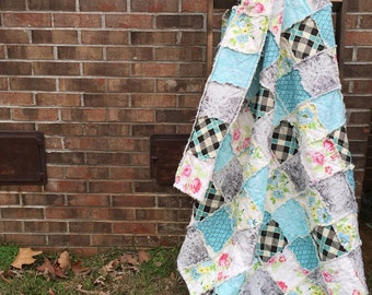 King Quilt, Queen Quilt, Rag Quilt, YOU CHOOSE SIZE, Little Cove fabrics, turquoise and florals, comfy cozy handmade bedding