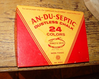 Crafter / Artist Binney and Smith An-Du-Septic Dustless Chalk 24 Vintage Colored NOS ~ Etching Drawing Signs