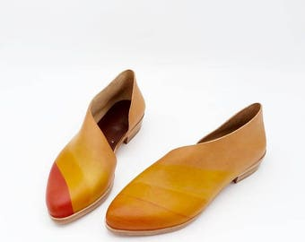 The Sandy. Undyed with Sunset Dye Stroke. Handmade Shoes. Custom Shoes.