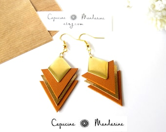Triangle - Camel gold leather earrings