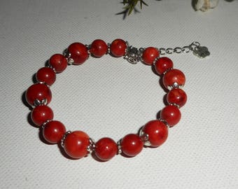 Red gorgonian beaded bracelet