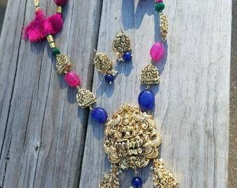 Goddess Laxmi pendant, Temple Jewelry, Laxmi necklace set, Indian wedding jewelry, South Indian jewelry, Laxmi ji jewelry, Free shipping usa
