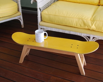 Skateboard side table - Stool - Yellow - Gift Idea for Teen or adults skateboarders