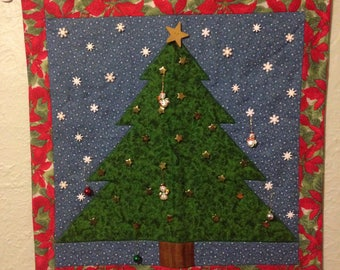 Countdown to Christmas Poinsettia Wall Hanging