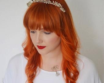 Myrte Haarreifen, Schmuckschatulle, Zarte Tiara Antik, Myrte Diadem, Hochzeit Schmuck, Anstecknadel, Braut Haarband, Vintage Bräutigam