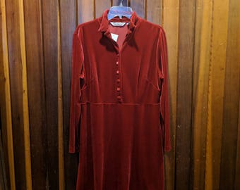 1990s // POP MY BUTTONS // Vintage Aka Eddie Bauer Size 12 Red Long Sleeve Dress