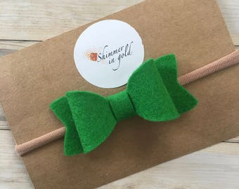 Kelly Green Wool Felt Baby Bows , Wool Felt Bows , Dainty Bows for Baby or Toddler, Spring Bows , Mini Bows