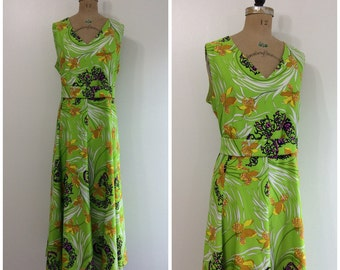 Vintage 1960s 1970s Futura Couture Dress 60s 70s Mod LineGreen Iris Novelty Print Maxi Dress