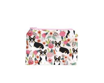 CHOOSE SIZE Corgi Gifts / Cardigan Corgis in the Garden Zipper Pouch / Welsh Corgi Camera Bag on Cream / Make Up or Coin Pouch