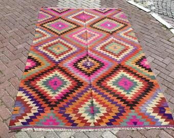"""Turkish Kilim rug, area rug, 113""""x72"""", rug, kilim rug, Vintage Turkish kilim, kelim rug, vintage rug, bohemian, Turkish rug, rugs, pink rug"""