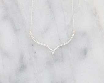 Silver V Necklace, Delicate V Necklace, Rose Gold V Necklace, Chevron Necklace, Geometric Necklace,  Triangle Necklace, Arrow Necklace