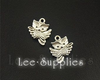 20pcs Antique Silver Flying Owl Charms Pendant A1541