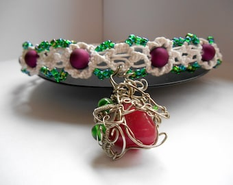 Pixie Wiggles macrame choker with wire wrapped pendant