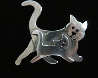 Cat and Kitten brooch