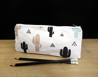 Cute cactus pencil case, Cactus pouch, White pencil case with cactus print, Trousse, Mint green cacti fabric, Black succulent, Zipped pouch