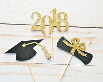 Graduation CupCake Toppers // Food Decoration // Party Decoration // Graduation Party // Class of 2018