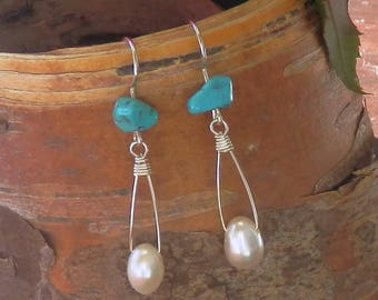Natural Turquoise and Freshwater Pearl drop earring