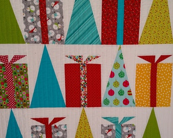 Modern Hip Holiday Christmas Wall Hanging, Lap Quilt, Contemporary Quilt Large