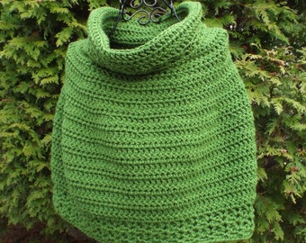 Crochet Cowl, Womens Capelet, Basil Green Ponchette, Shoulder Warmer, Crochet Wrap, Short Poncho, Small Size