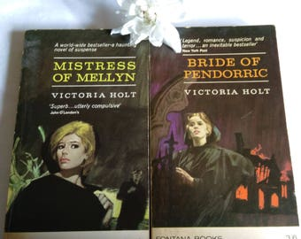 2 Vintage Paperback Victoria Holt Books:  Bride Of Pendoric &Mistress Of Mellyn.   1967