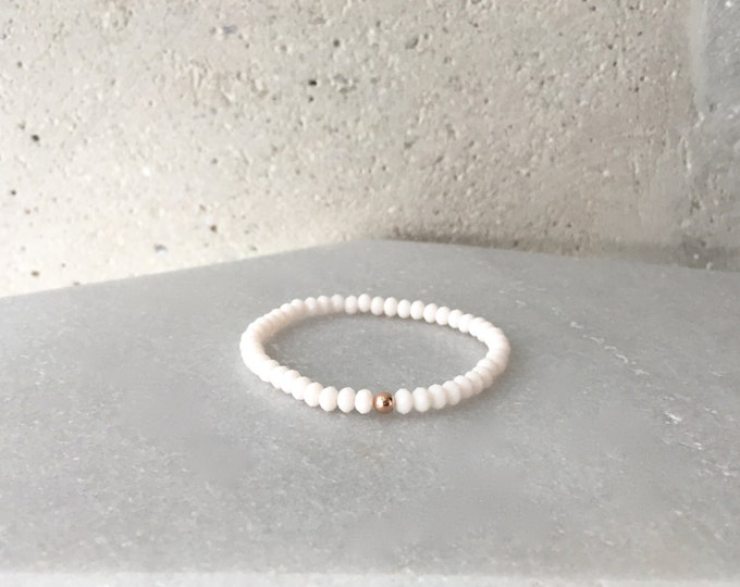 Small Ivory White Stretch Bracelet