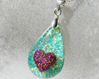 Teardrop Resin Pendant with glitter heart ,  Resin Jewelry , Resin glitter Jewelry Heart Pendant