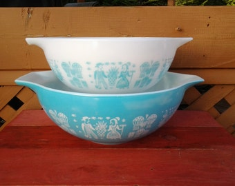 Vintage Amish Butterprint Pyrex Cinderella Mixing Bowl-444 and 443
